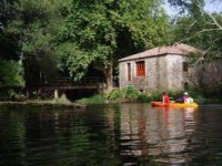Discover beautiful landscapes in kayak