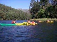 Kayak en el Tambre