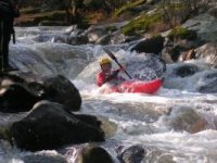 Drive your kayak in whitewater