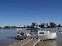 Barco al final del muelle