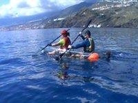 pareja en kayak