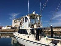 Revisando el barco para la excursion