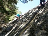 Practicar escalada