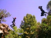 Saltos al barranco