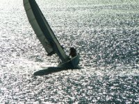 Sailing in winter is an authentic enjoyment