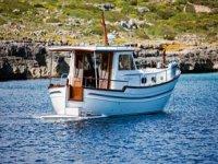 Elige una de nuestras embarcaciones