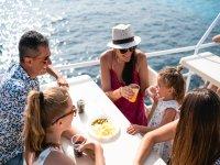 Aperitivo a bordo dello yacht