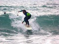 Aprendiendo a surfear en Vizcaya