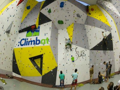 Climbat Slab Tarragona Rocódromos