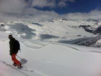 滑雪的巴凯艾勒贝雷帽