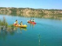 Dos kayaks en el Negratin