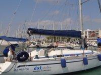 Nuestro barco en su amarre de Castellón