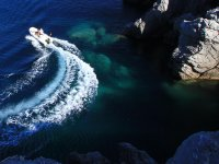 Navegando por las calas