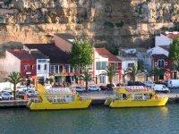 Elige uno de nuestros catamaranes