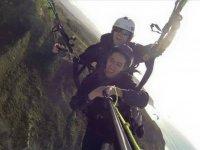 首先体验滑翔伞Sobrevolando