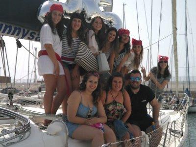 Escuela de Navegación Aperca por el Mar Despedidas de Soltero