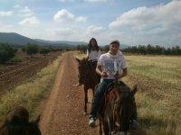 Cabalgando por los caminos de Arisgotas