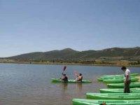 玩我们的Kayaks