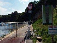 Carril solo para bicicletas