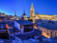 La catedral de Toledo de noche