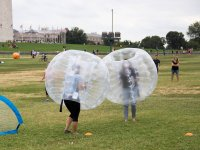 Partido de bubble soccer en Cadrete