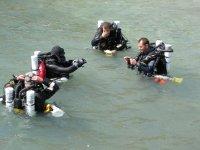 卡斯特利翁的水肺潜水洗礼
