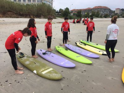 5-day surfing lessons in the beach of Patos