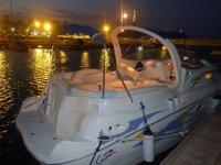 港口的夜船