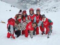 listos para la clase de esqui