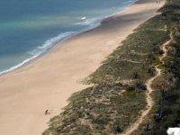 Extensas playas con suaves olas