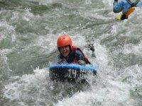 Descenso en hidrospeed para hacer team building