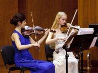 Pareja de violinistas