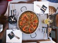 Paella con marismo