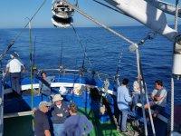 Tripulacion de pescadores en el Pais Vasco