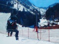 单板滑雪缆车