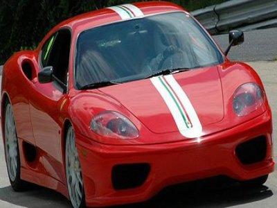 Despedida Inolvidable Conducir un Ferrari