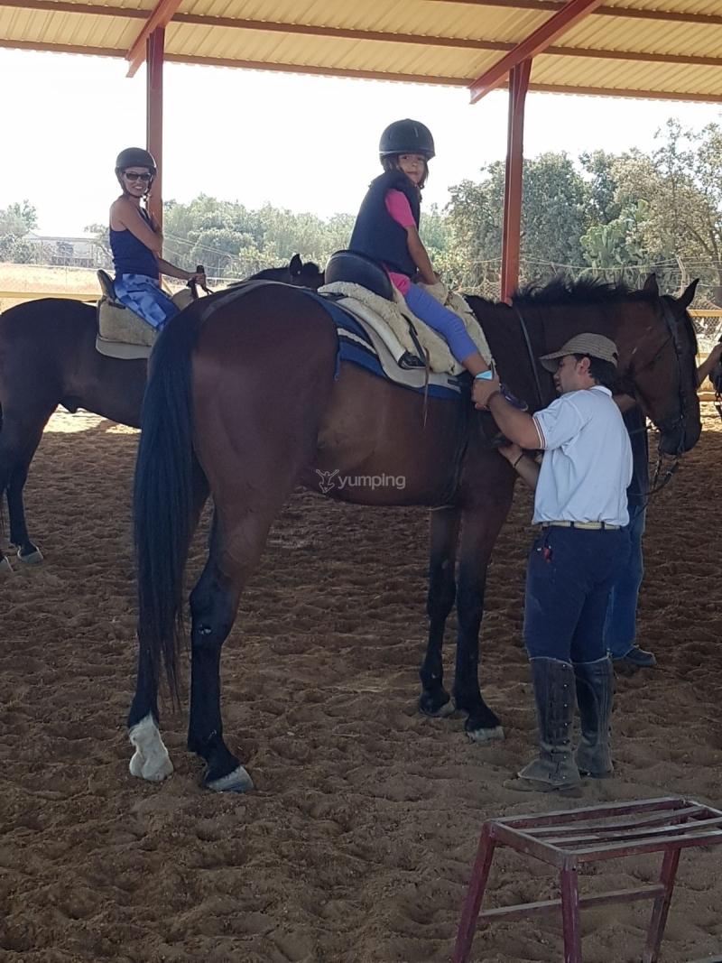res_o-37541-rutas-a-caballo_de_laura-rufino-baquero_15015833313074.jpg