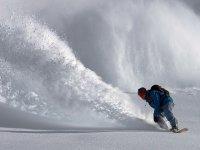 Increible snowboarding