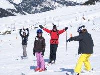 雪景山水学滑雪