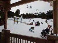 Zona de esqui adaptado