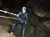 Rapel en la cueva