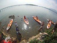 kayaks en el cantabrico