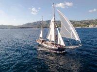 帆船帆船帆船 - 服扒在船上马洛卡