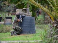Soldado atacando