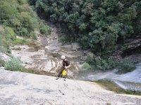 跳一起下降级联登山运动