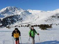 去下山冬季徒步旅行听监测