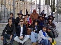 gruppi con cappelli da strega