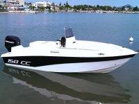 Barco Mercury para alquiler