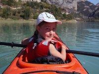 Peque de travesia en kayak