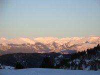 paisaje lleno de nieve